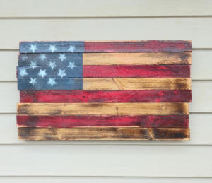 flag-plaque-on-vinyl-siding-hook